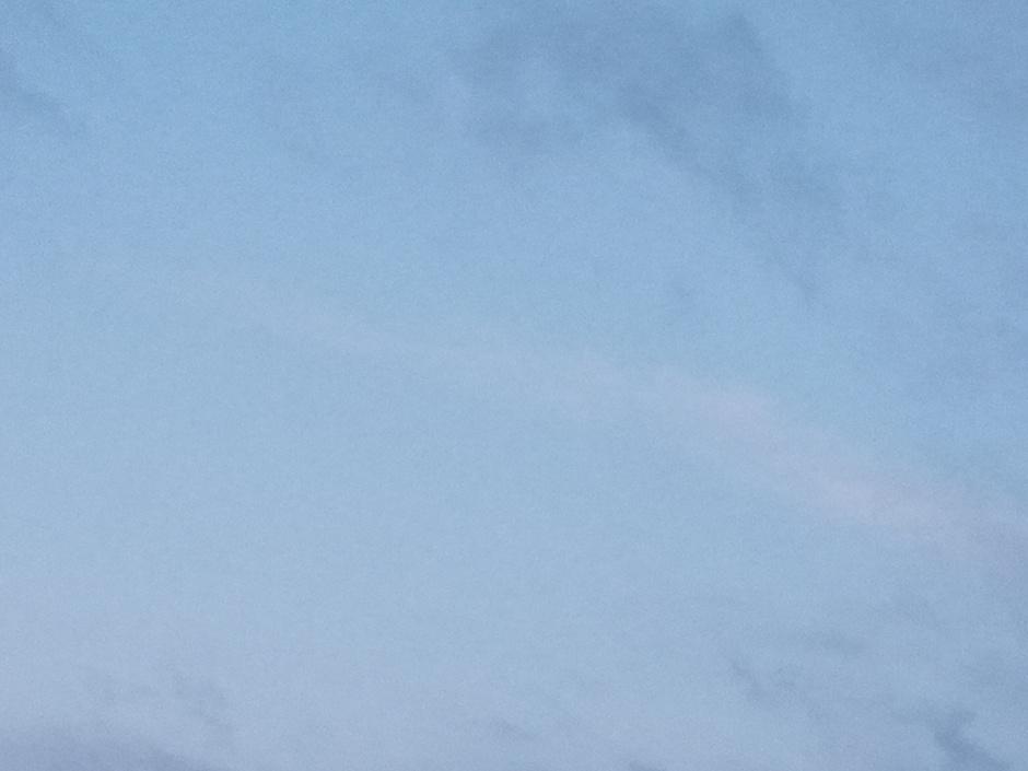 Blauwe-lucht en wolken.