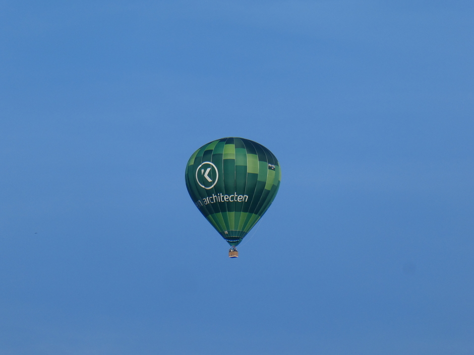 Eindelijk weer een luchtballon te zien.