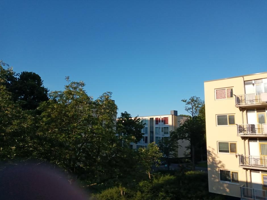 Staalblauwe-lucht.