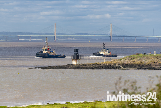 Tugs in the channel