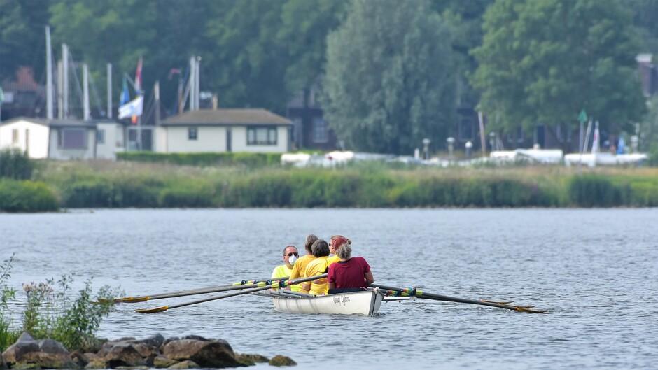 Mooie dag voor de ontspanning  uh inspanning ;-) op het water