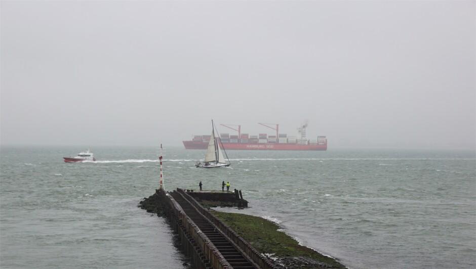 grijs en regenachtig weer 17 gr Westerschelde