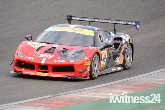 Brand Hatch Ferrari Challenge