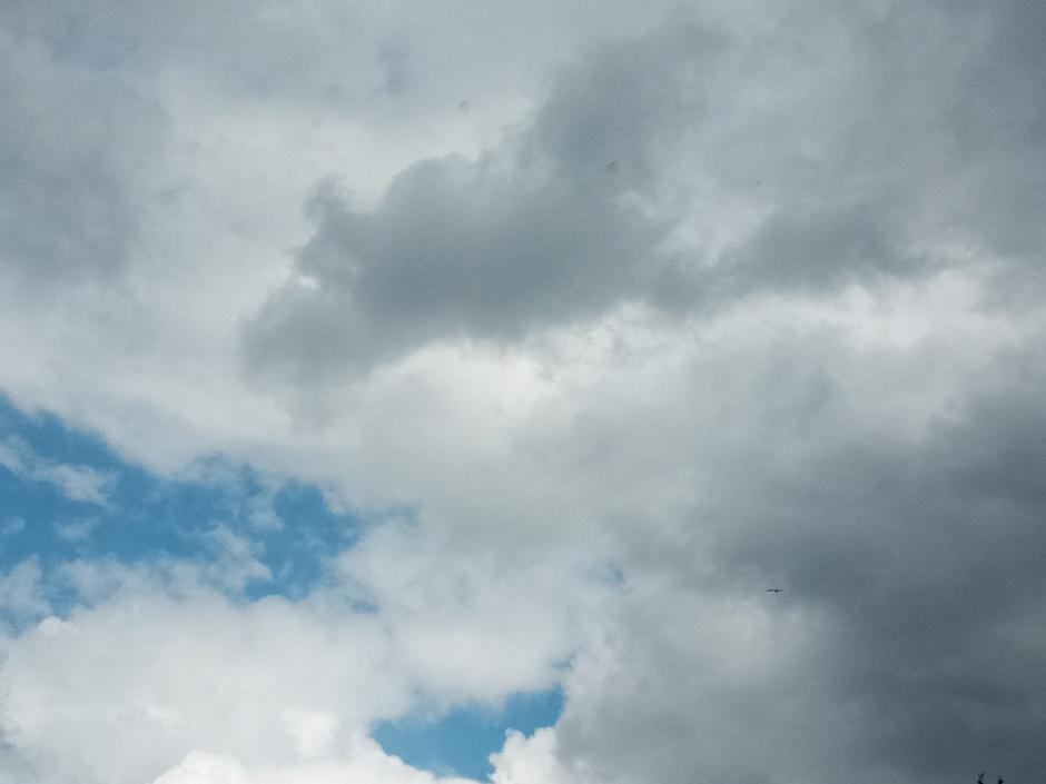 Wolken met wat blauw.
