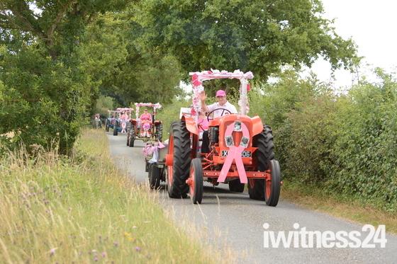 Pink Ladies Mini Tractor Road Run