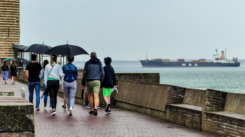Grijs regen parapluweer