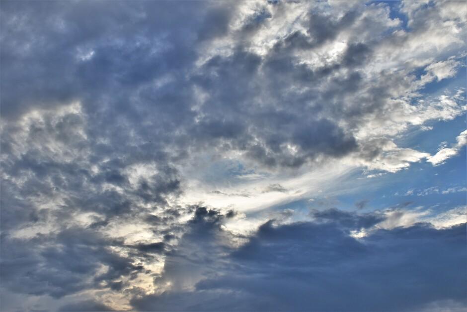 Het is bewolkt in de Betuwe vanmorgen