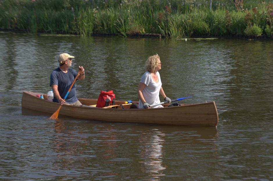 Watersporters zochten verkoeling op het water!