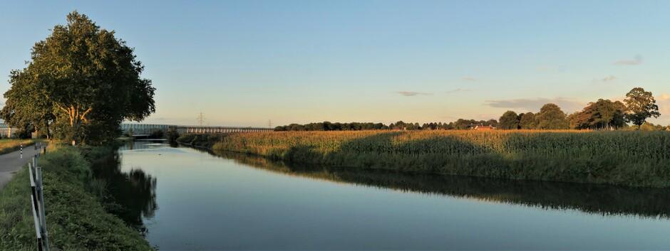 Tiel panorama langs de Linge