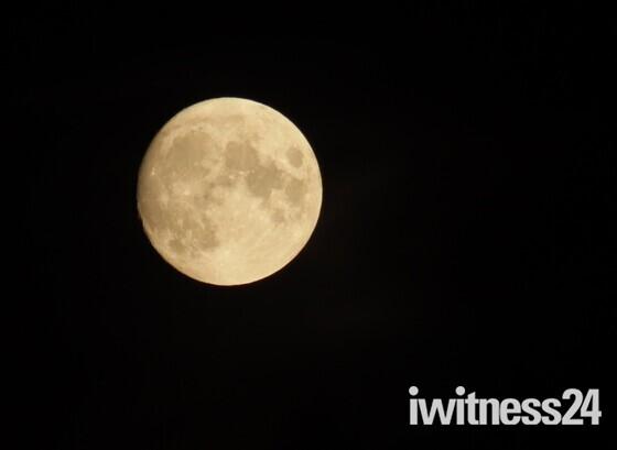Full moon in Hitchin