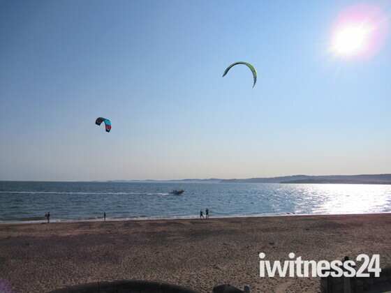 Kites seen over Exmouth beach
