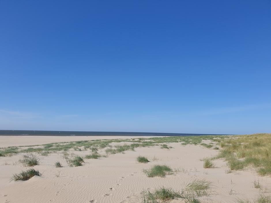 Mooi weer aan het strand bij den Hoorn op Texel