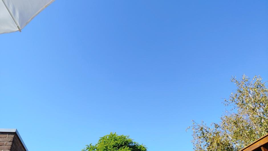 Stralend blauw