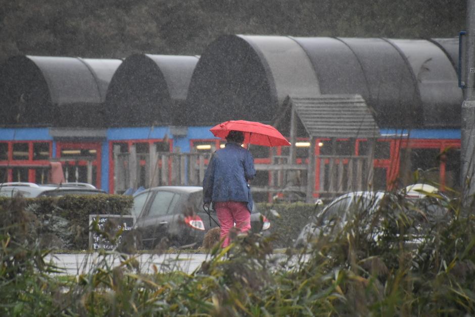 Paraplu-weer vanmiddag