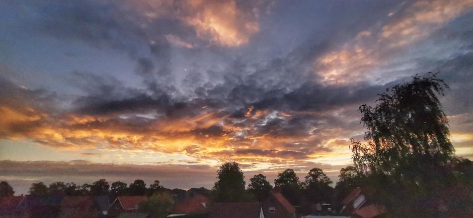 Kleurrijk bij zonsondergang