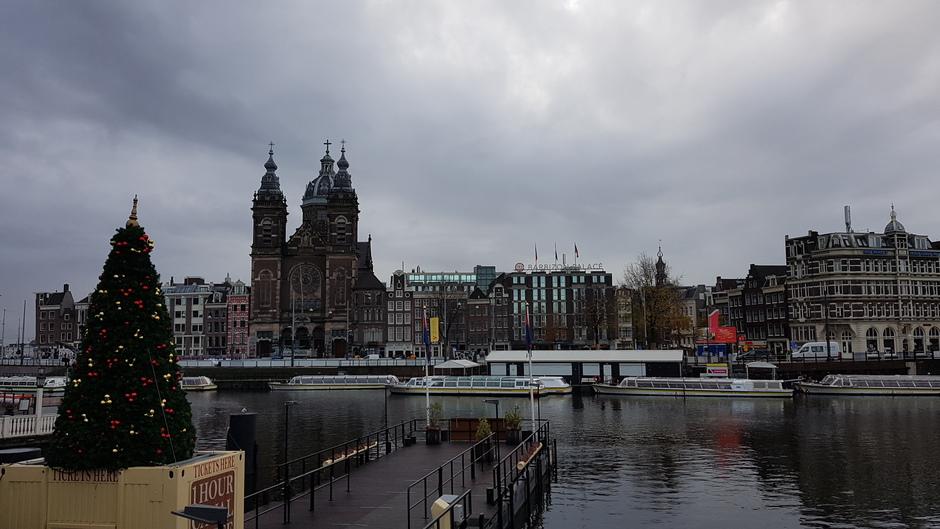 Vooral veel grijs in Amsterdam om 10.30 uur