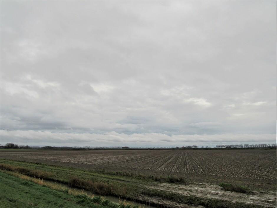 Wolken, regenbuitjes maar met 14 graden zacht weer