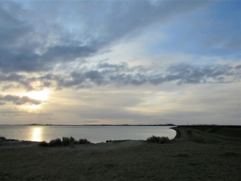 Zonsopkomst aan het Katse strandje