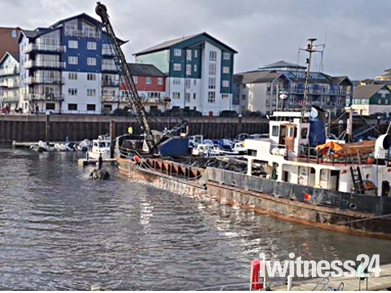 Mannin Dredger in Exmouth Docks