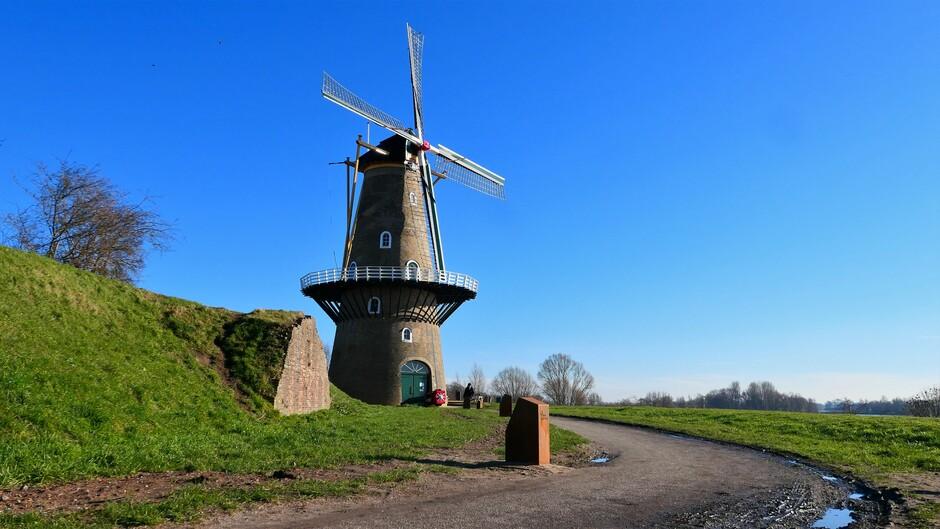 13:45 Gorinchem molen De Hoop