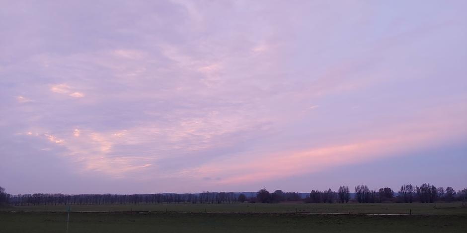Beetje kleur na zonsondergang