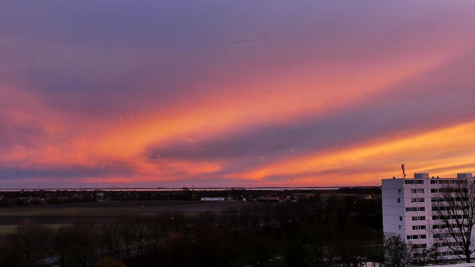 Vlammende lucht na zonsondergang