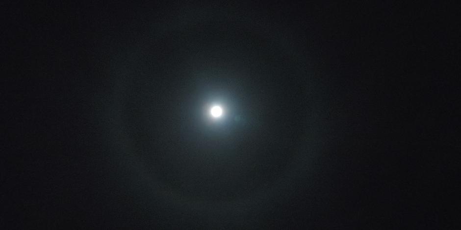 Kring om de maan