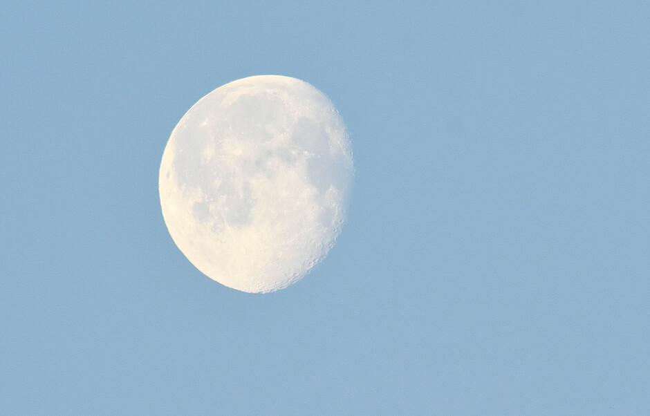 Ondergaande Maan.