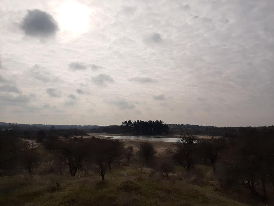 Veel wolkjes,  beetje zon