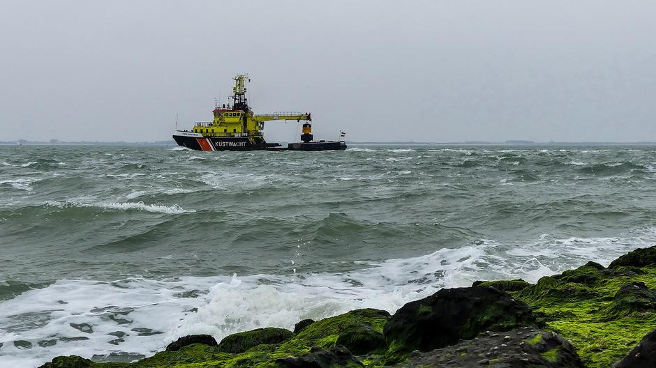 Woelige zee/ Onstuimige golven