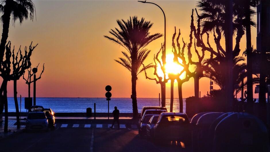 Zonsopkomst in Altea, Spanje.