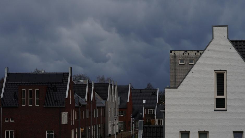 Donkere wolkenlucht