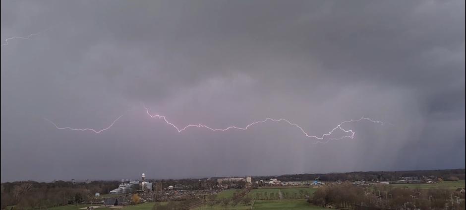 Onweer boven de Bilt