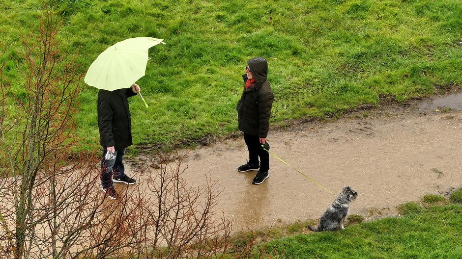 Bewolkt regenachtig met mot / miezer