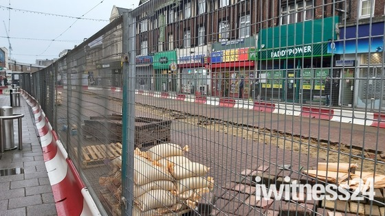 Barking Town centres main pedestrian thouroghfare dug up