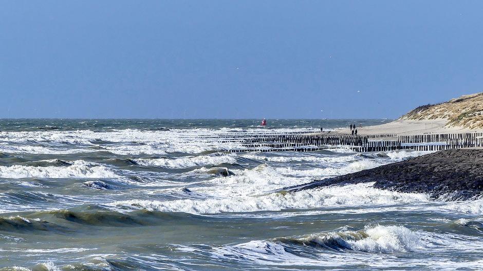 Krachtige wind woelige zee