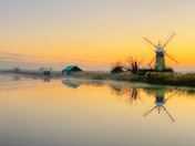 Photo Challenge - Light - Thurne Mill