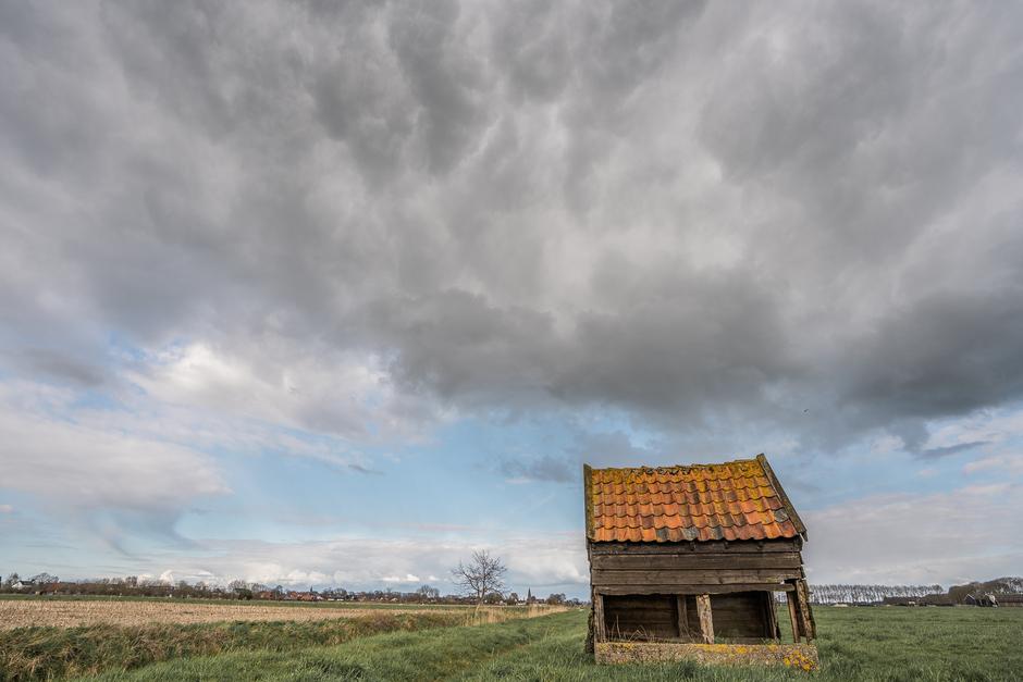 Woeste wolken boven Gellicum