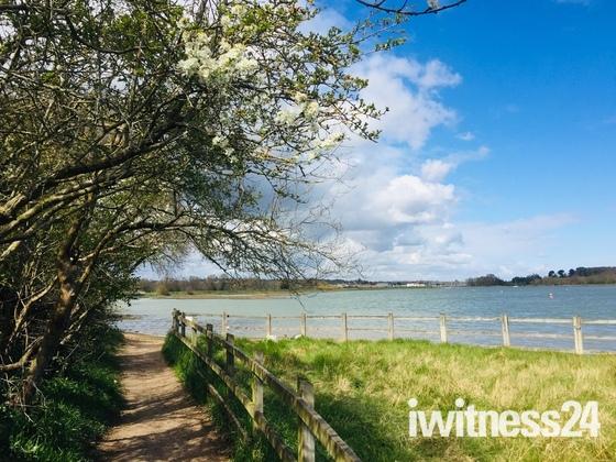 Footpath to Woodbridge