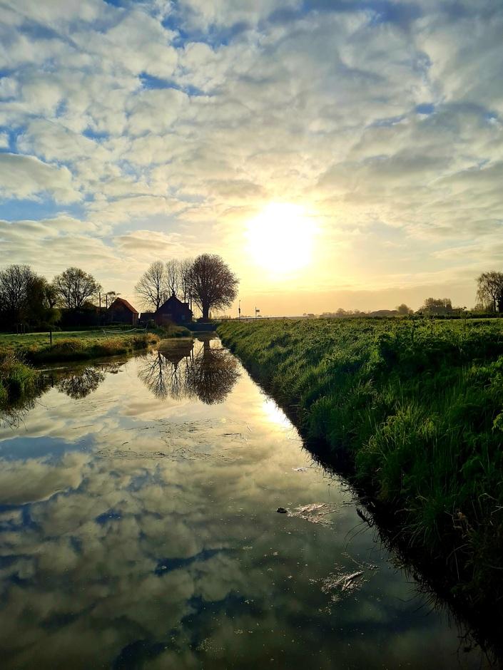 Wolken zon lente