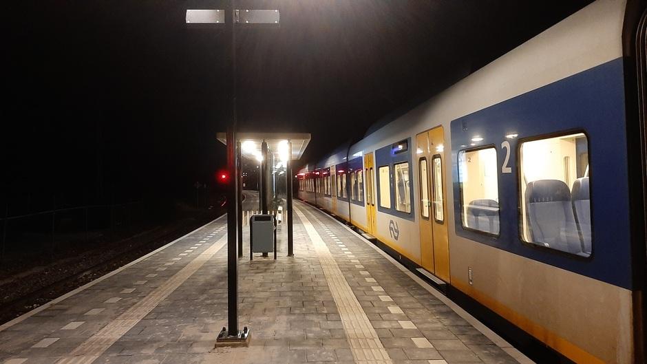 Vanavond voor het laatst de avondklok, de ijzige stilte op het station zal voorbij zijn.