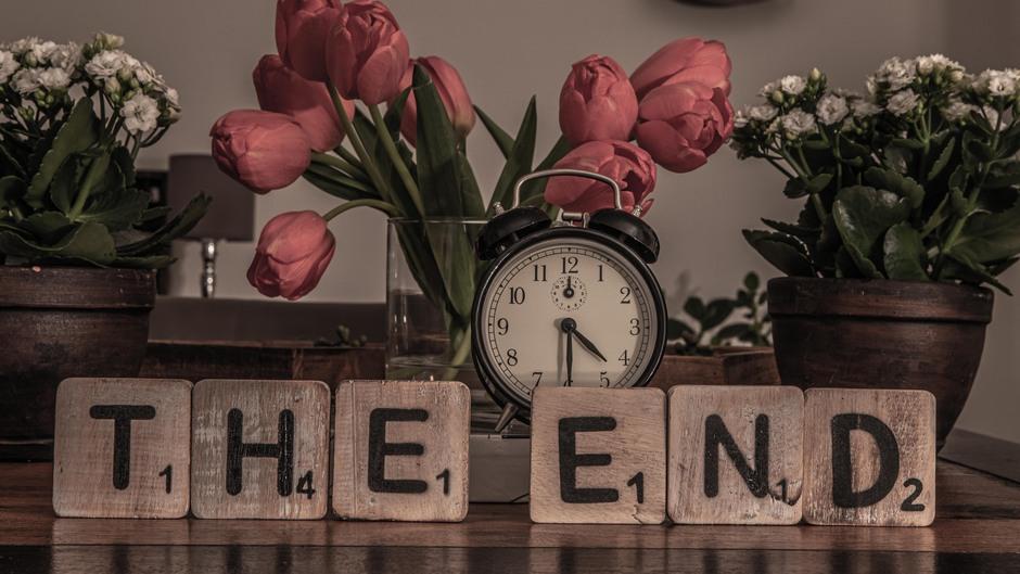 Avondklok die op 23 januari begon, eindigt op 28 april om 4.30 uur