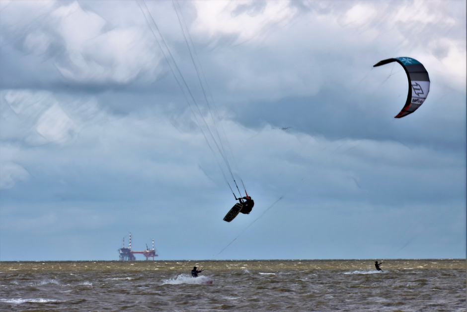 Kitesurfen op de waddenzee