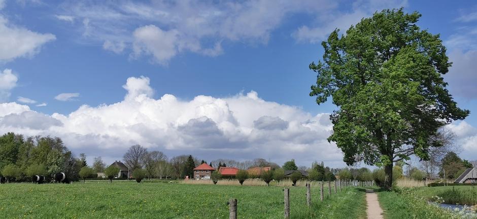 Mooie stapelwolken vanmiddag