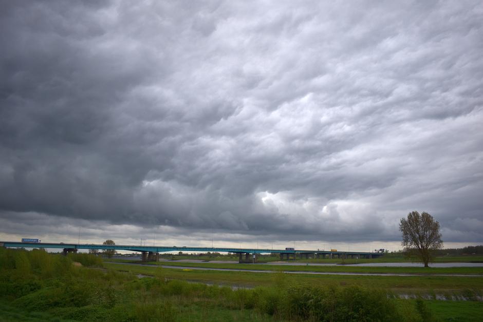 Woeste wolken