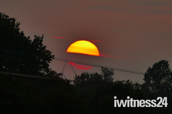 19.07.2021 SETTING SUN AFTER A VERY HOT DAY AT HEMPTON