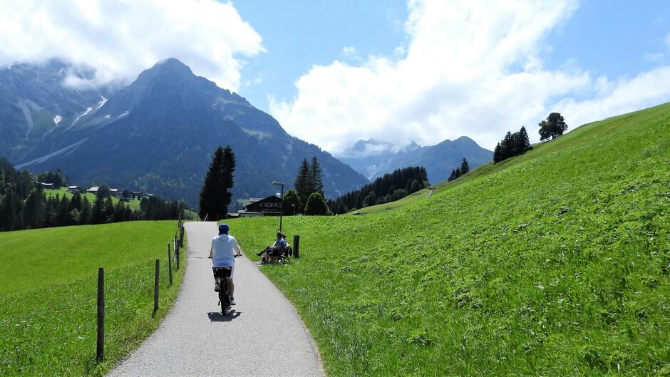 Alpen: zon en wolken