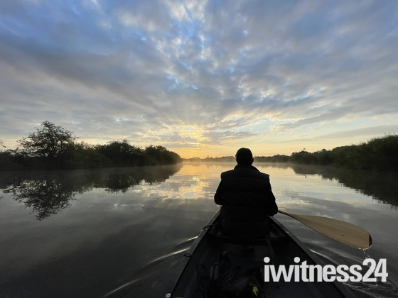 Pics early this morning on Malthouse Broad