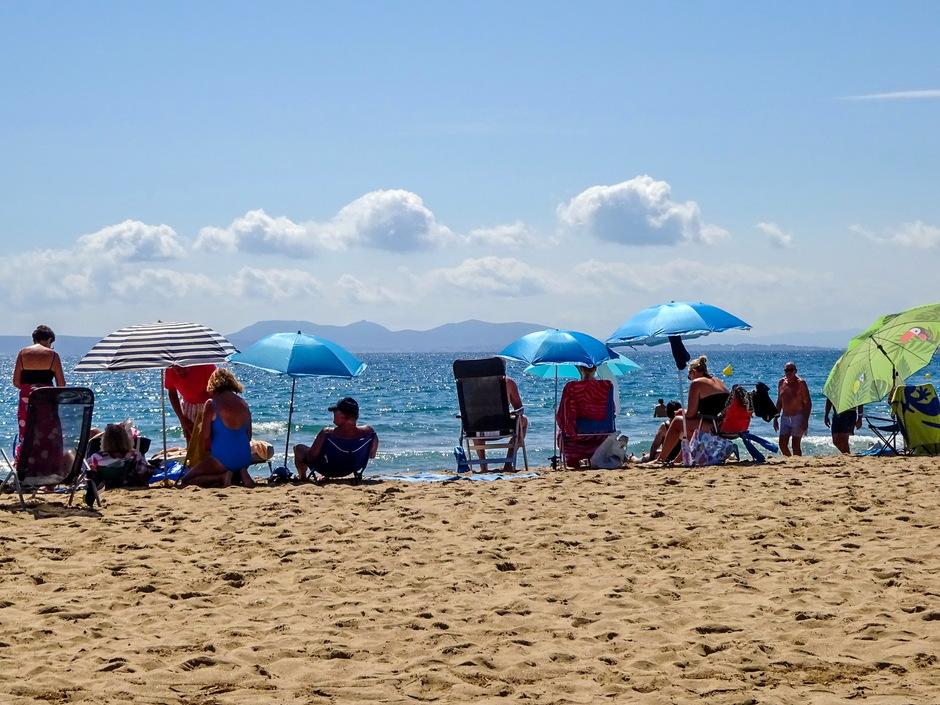 Mooie zonnige stranddag