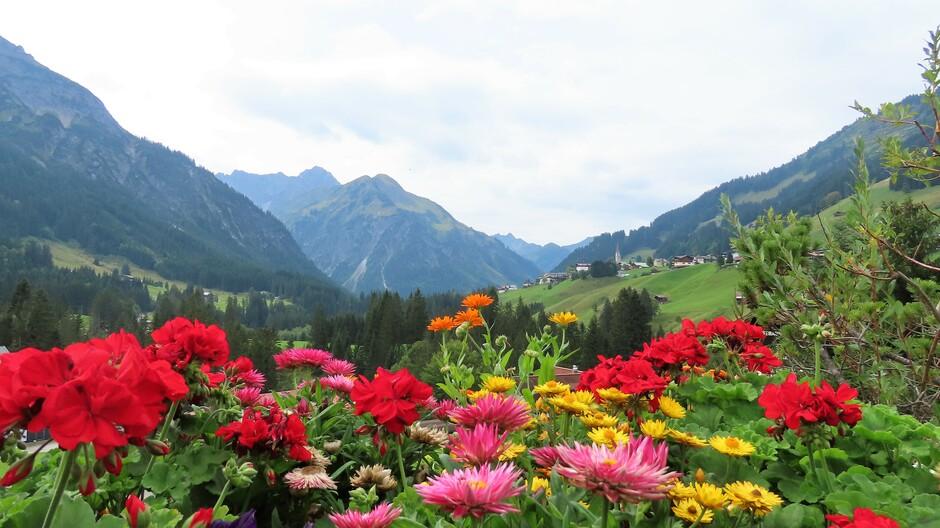 Alpen: droog maar bewolkt